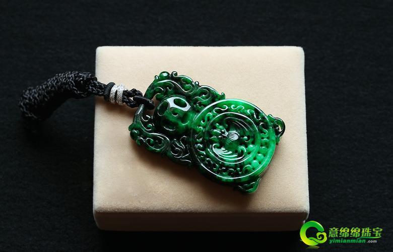 翡翠 雕刻/缅甸花青满绿翡翠A货镂空雕刻玉挂件/福在眼前